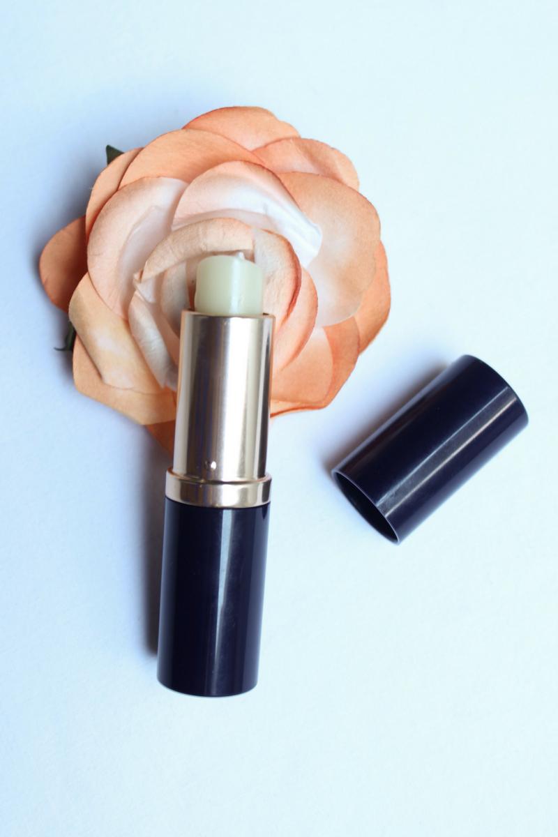productos que ayudan a cuidar la piel en verano