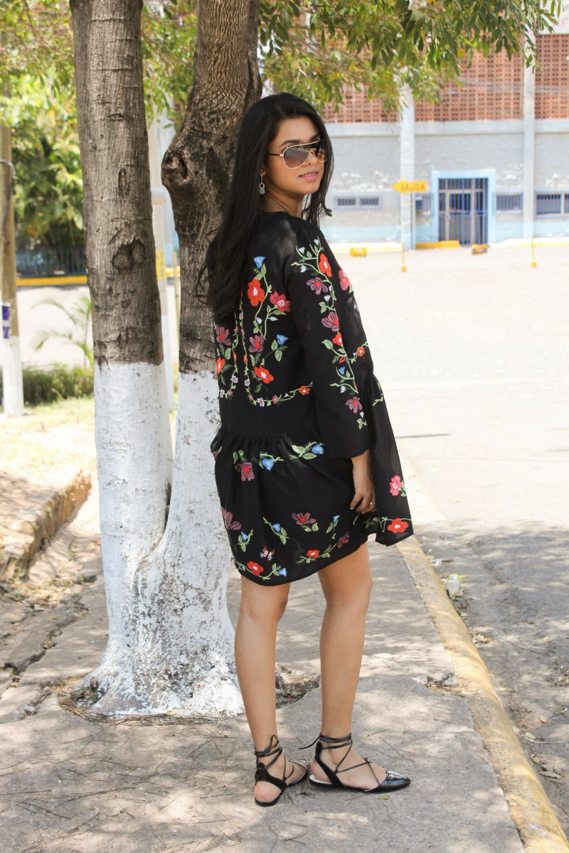 vestidos de flores cortos juveniles