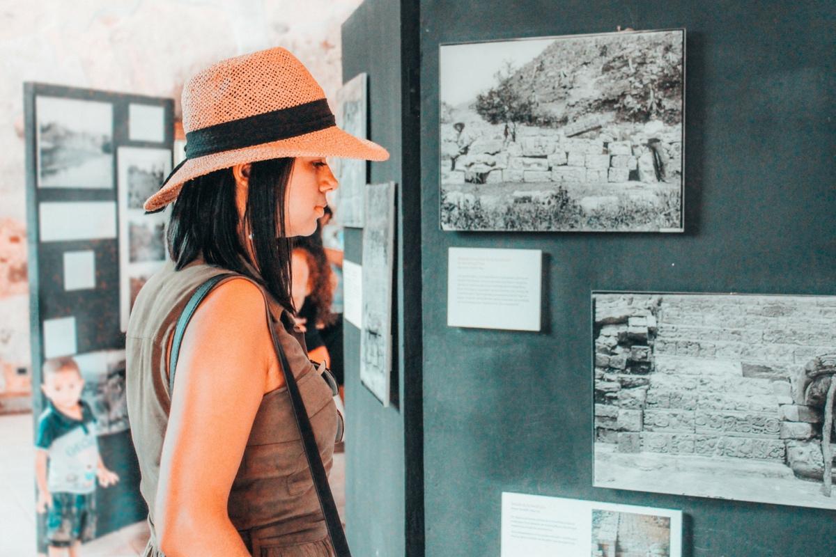 Pequeña exhibición en la Fortaleza de Santa Bárbara, Trujillo
