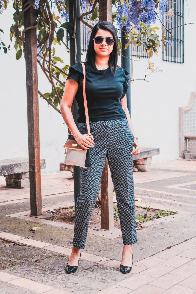 Pantalón de vestir moderno